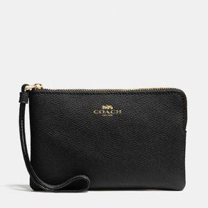 Coach Leather Corner Zip Wristlet IM Gold/Black